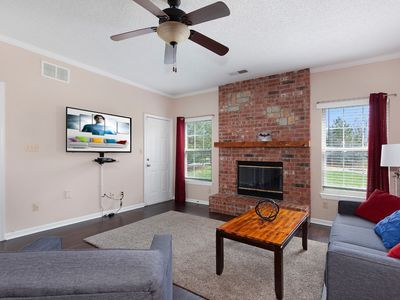 Photo for 2BR Apartment Vacation Rental in Overland Park, Kansas