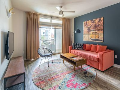Photo for WanderJaunt | Dorado | 1BR | Tempe