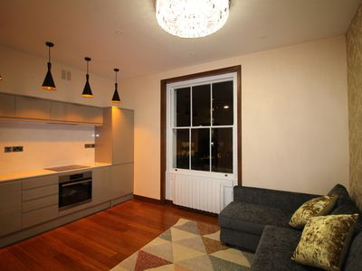 Photo for Stylish Holiday/Short Let - 1 Bedroom Apartment.