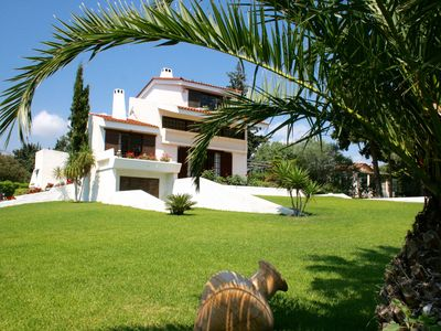 Photo for Adorable Villa With Fantastic Sports Facilities Near The Sea!