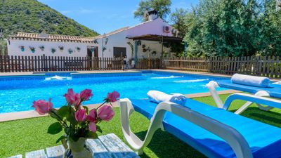 Photo for Holiday villa with fenced pool in the Cordovan countryside
