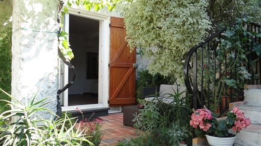 Au jardin de victorine bed breakfast au jardin de for Au jardin guest house