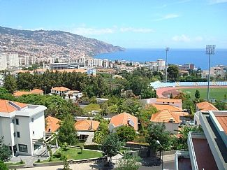 Photo for Spacious Top Floor Apartment With Fantastic Funchal City And Ocean Views
