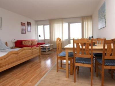 Photo for Holiday apartment K315 for 2-4 persons near the beach