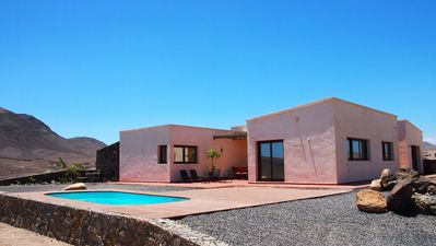 Photo for VILLA FUERTEVENTURA. With fantastic sea views. Climatized pool.