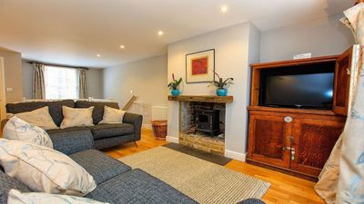 Photo for Spencer Mews House, Minutes from the Harbour. Free off street parking