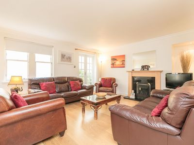 Photo for Lovely City Centre Property sleeps 9 Comfortably.