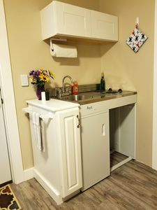 perfect little kitchen area just for you