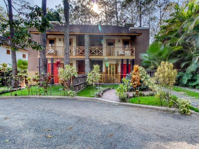 Photo for Lovely, tree-lined villa w/ private hot tub - near rafting & horseback riding