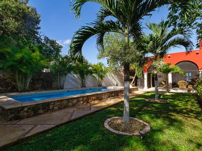 Photo for A tropical, breeze-filled downtown Mérida retreat.