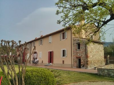 Photo for Old farmhouse in Tuscany