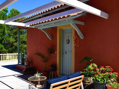 Photo for Cozy 2 bedroom cottage / bungalow just 40m from amazing Spartia beach, Kefalonia