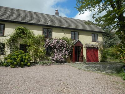 Photo for Four bedroom dog-friendly cottage with large garden in North Devon