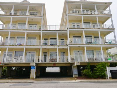 Photo for BOUTIQUE 54th STR. CONDO, 1/2 BLOCK TO BEACH, 9FT CEILINGS,VIKING APPLIANCES,