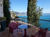 Perfect location in a relatively quiet part of the Amalfi coast