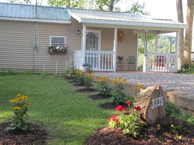 White heron cottage only 3 miles to Colgate and Bouckville antiques !