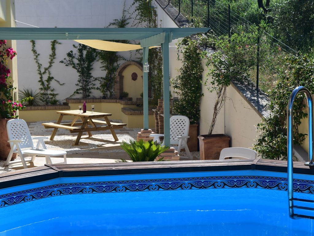 Vacation Apartment In Private Villa  Great Views  Pool  Wi Fi  Great For Couples  Bucchianico