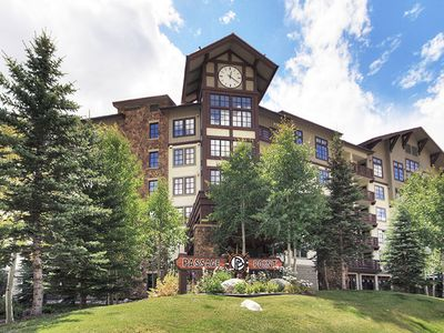 Photo for Beautiful Passage Point Condo.  Two blocks to American Eagle and American Flyer lifts.