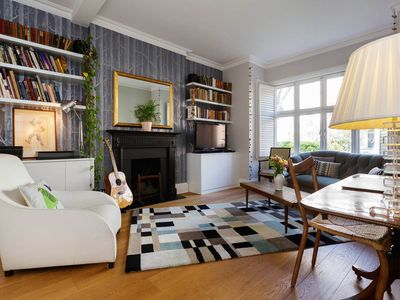 Photo for Gorgeous 2 Bedroom Apt. in Maida Vale - 10 minutes to Oxford Street (Veeve)