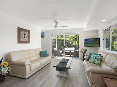 Photo for Noosa Sunseeker Beach House - pet friendly