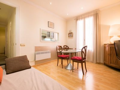 Photo for Corsega Sant Pau. Two bedroom apartment near the Hospital de Sant Pau