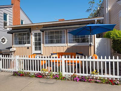 Photo for Balboa Island Charmer! 6 Houses from Beach, 2 Bed + 1 Bath – Sleeps 7
