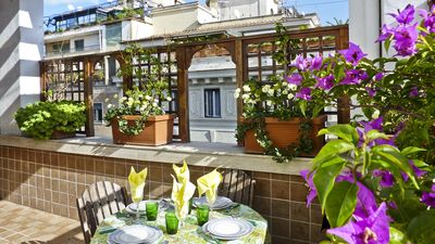 Photo for Perfect Spanish Steps-Terrace-Sunny Top Floor-Elevator-AC-Washer-Dryer-Free Wifi