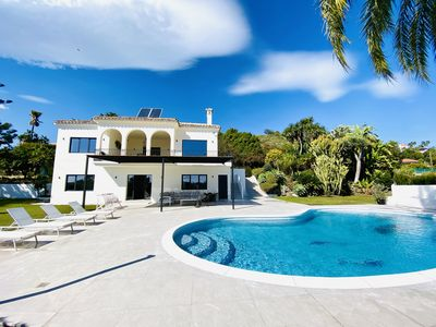 Photo for (048) Superb villa for 11 people with private pool