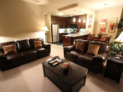 Photo for Modern, 2 Bed/2 Bath, Private Washer/Dryer On the Sierra Star Golf Course