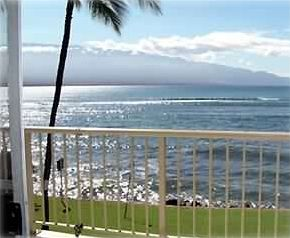 Photo for Listen to the Ocean from This Beautiful Maalaea Kai Condo