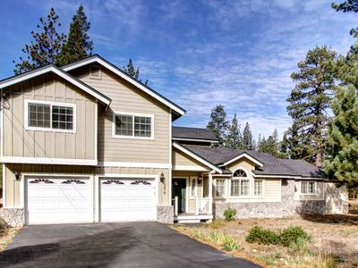 Photo for Echo View Retreat, 4 Bedroom, Christmas Valley Home