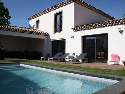 Photo for Villa + design studio with pool 350 m from the sea