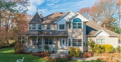 Photo for Estate setting at the gateway to the Hamptons.