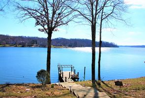 Photo for 3BR House Vacation Rental in Moneta, Virginia