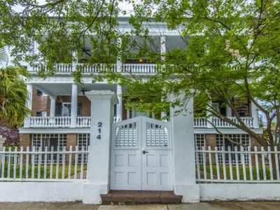 Photo for BEST DEAL IN TOWN! ! Beautiful Downtown Charleston