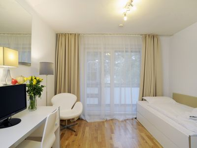 Photo for Serviced apartment including cleaning and laundry service / WLAN in FFM City