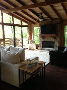 Photo for Lakefront Innsbrook Chalet with 2 Main Floor Master Bedrooms, Beach & Kayaks