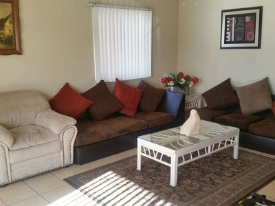 Photo for 2 bed Condo w/kitchen & laundry near Palms, Shopping, Food, & City Bus