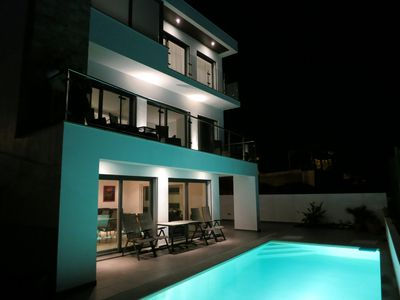 Photo for Luxuary villa with stunning ocean view and private pool