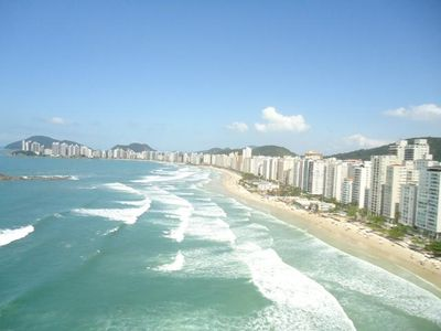 Photo for Apartment Pitangueiras - 50 Meters from the beach - Excellent Location