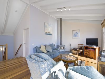 Photo for BARRABAY - LINEN PROVIDED & PET FRIENDLY INSIDE/OUT