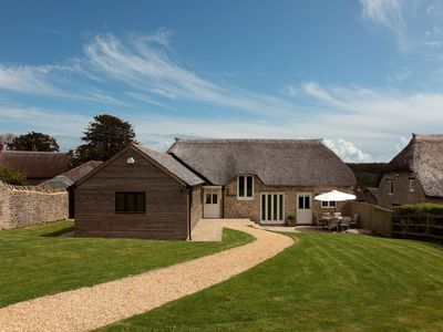 Photo for EAST VIEW BARN cosy thatched detached barn conversion in heart of village (Sleeps 5 in 3 bedrooms)