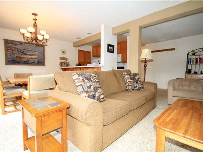 Photo for Mammoth Ski and Racquet #1, 2 Bedroom 2 Full bathrooms, Fully Furnished Condo, with Views!
