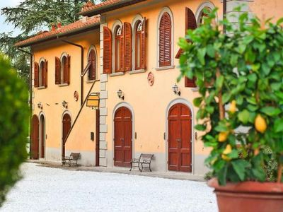 Photo for Holiday residence Belvedere, Figline e Incisa Val  in Um Florenz - 4 persons, 2 bedrooms
