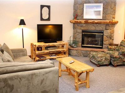 Photo for Pinecreek #F - 3 BR - Close to Town - Shuttle to Slopes - Pool and Hot Tub Access