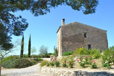 Masia Cap Ferra has room for 9 +3 guests
