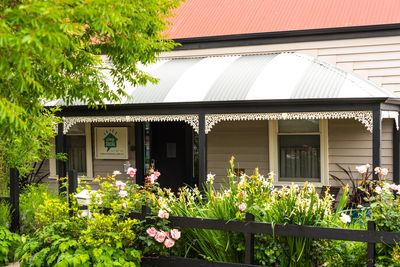 Comfy, eco-friendly and fun seven bedroom guesthouse in the heart of Bendigo