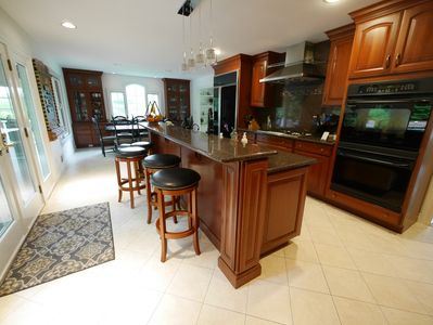 Kitchen. Double ovens. Eat-in dining space great for large groups, 8 seat table