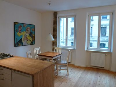 Photo for Lovingly decorated quiet apartment in Gostenhof with flair and balcony, underground