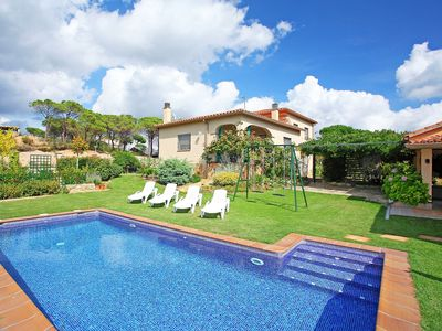 Photo for Wonderful private villa with private pool, WIFI, TV, washing machine and parking